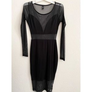 WINDSOR LONG SLEEVE SHEER BLACK DRESS SIZE SMALL